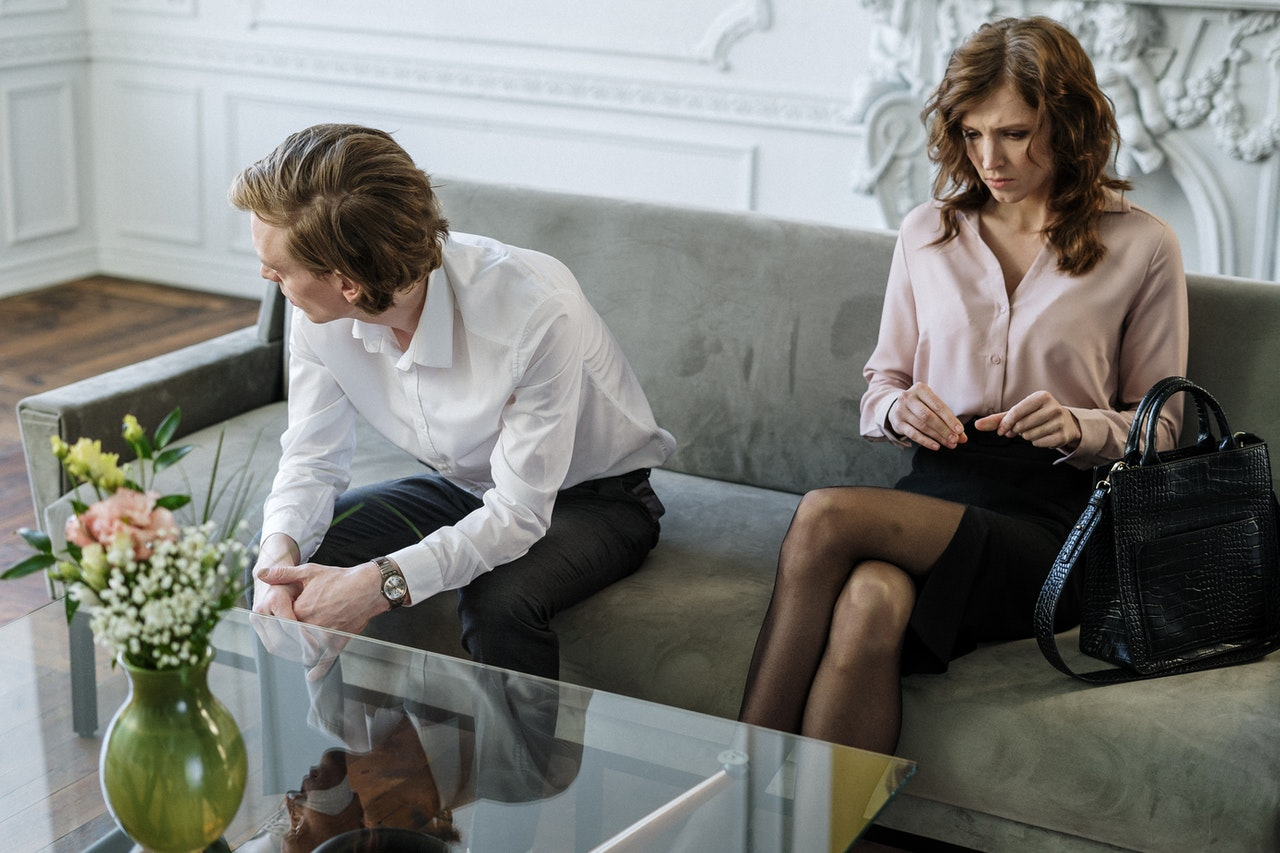 6 Surefire Signs Your Woman Is Cheating (Or Losing Interest)
